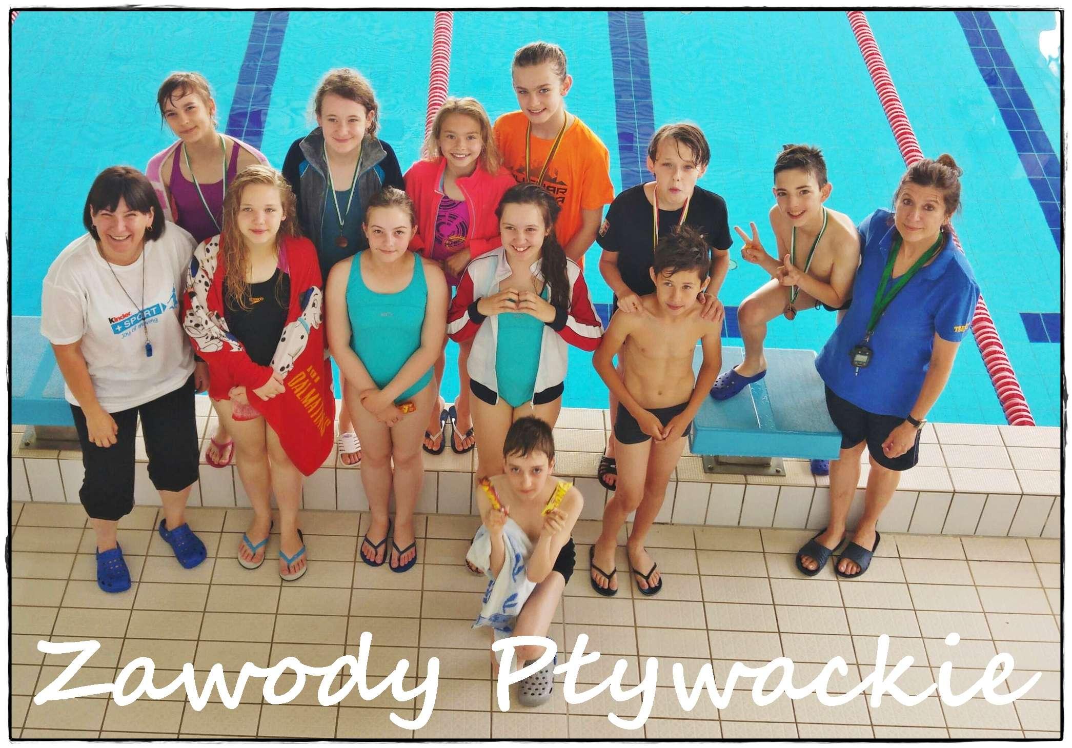 Zawody pływackie klas piątych